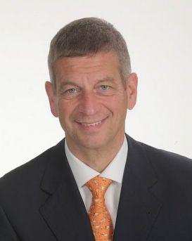 Dr. Manfred Küng